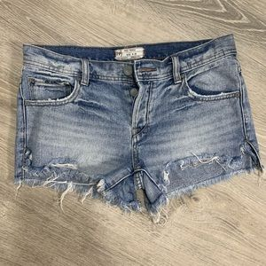 Free people button up jean shorts